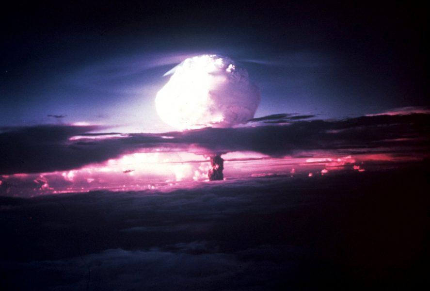 TT | Så här såg det ut när atombomben över Hiroshima sprängdes 1945.
