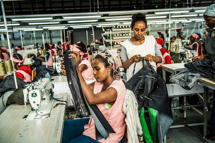 Yvonee Åsell/TT | H&M är världens näst största klädföretag och har en omsättning större än Kambodjas BNP.