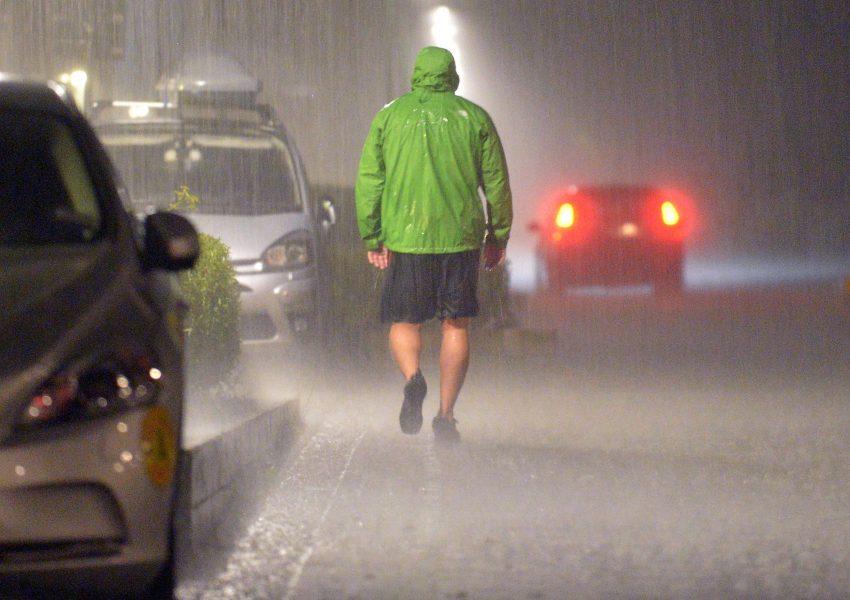 Johan Nilsson/TT |Miljöministern har personliga erfarenheter av hur ett oväder kan slå.