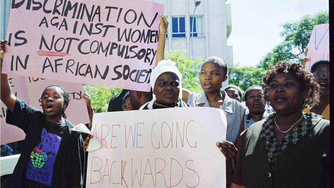Zimbabwiska aktivister har sedan länge stridit för en ökad kvinnlig representation i politiken.