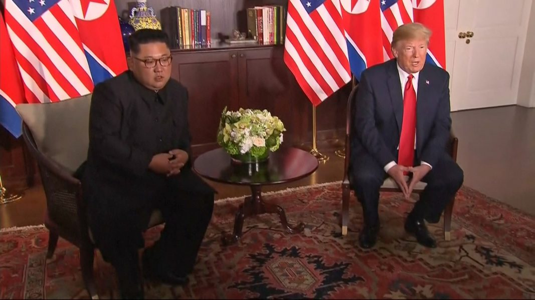 Mediacorp/AP/TT | Nordkoreas ledare Kim Jong-Un och USA:s president Donald Trump.
