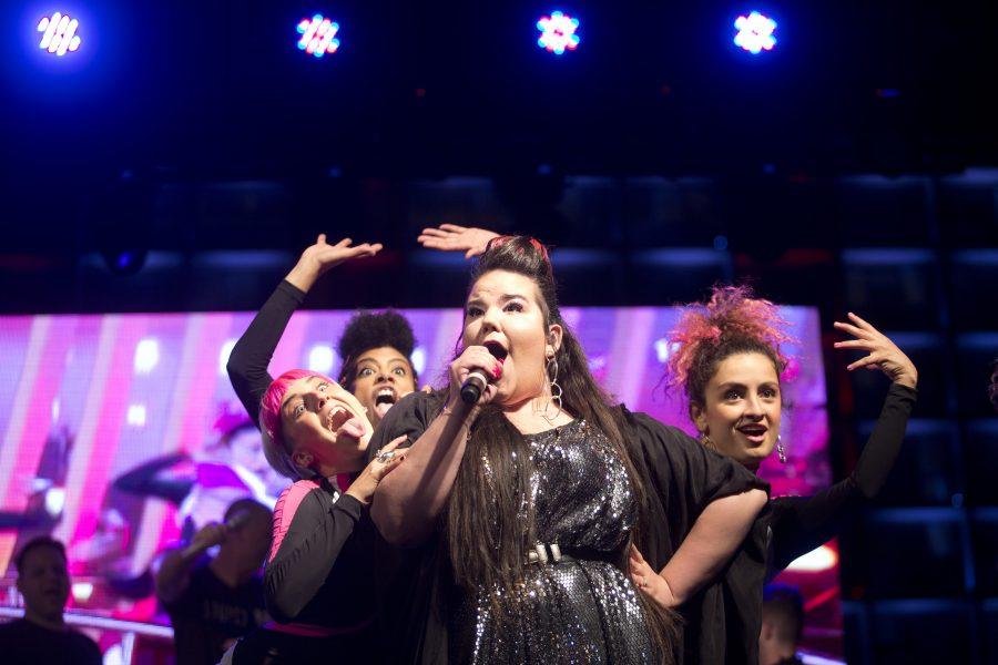 AP | Den israeliska sångerskan Netta Barzilai vann årets Eurovision, men nu varnar flera palestinagrupper för att tävlingen kommer att bli en hyllning till ockupation och förtryck om Israel tillåts stå värd för den nästa år.