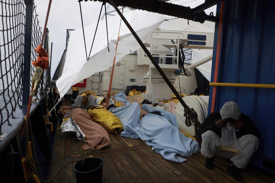 Ombord på Sea-Watch fartyg Alan Kurdi, som fått sitt namn efter den avlidna pojken som skapade rubriker 2015, är det trångt.