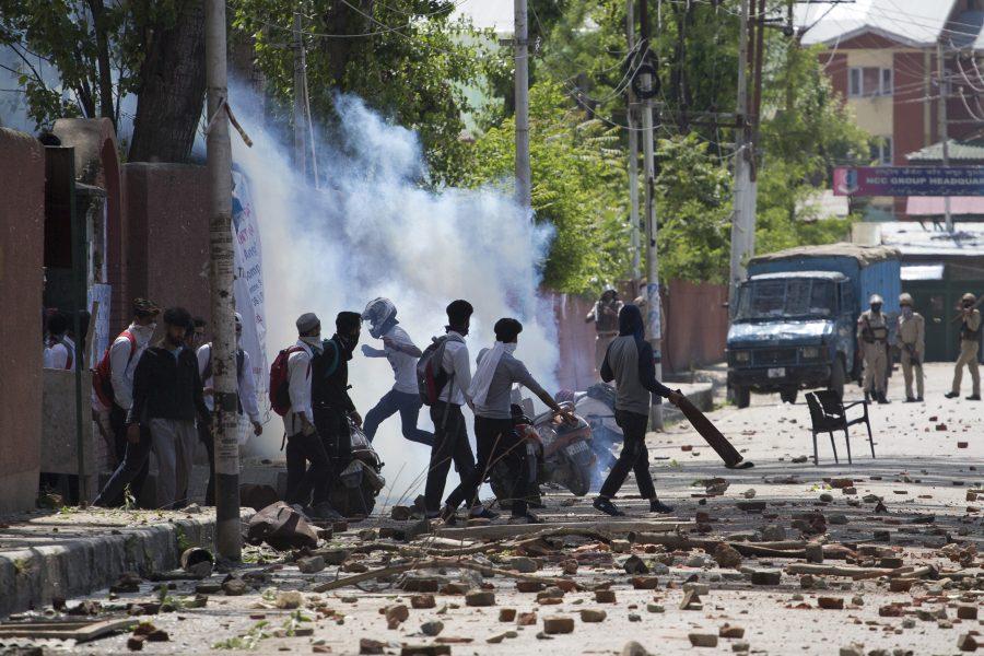 Konflikten i Kashmirområdet har pågått ända sedan självständigheten för 70 år sedan och ärden äldsta fortsatt pågående konflikten som finns med på Förenta nationernas agenda.