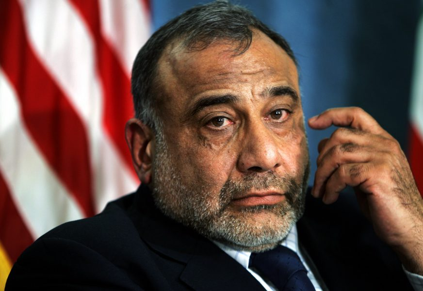 Iraks premiärminister Adil Abd al-Mahdi meddelar att han kommer att lämna in sin avskedsansökan till parlamentet.