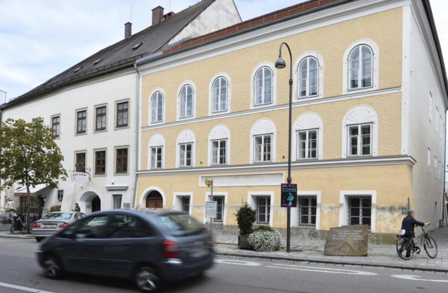 Huset där Adolf Hitler föddes ska bli polisstation.