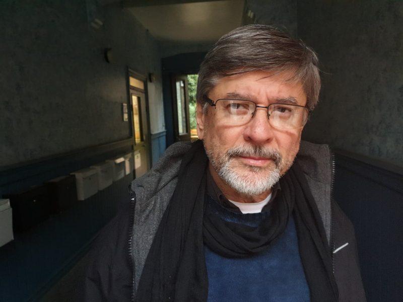 Oscar Rivas fickGoldman Environmental Prize 2000, tillsammans med Elias Diaz Peña för deras arbete med att skydda Paranáfloden och Paraguayfloden.