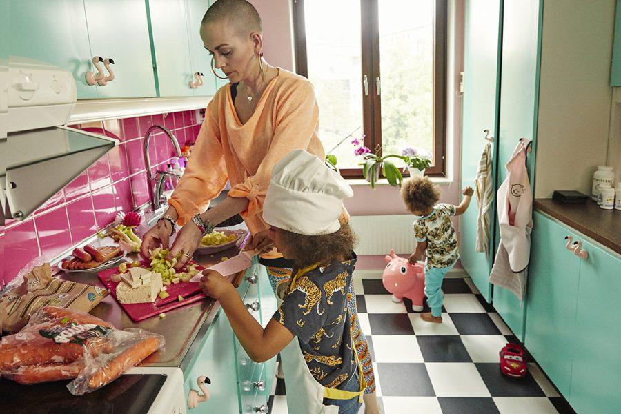 Skådespelaren Sanna Bråding vill laga mat som är snabb och näringsrik och som barnen tycker om.