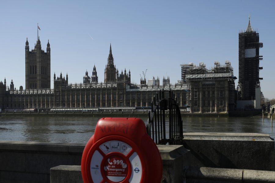Det brittiska parlamentshusen under karantänperioden.