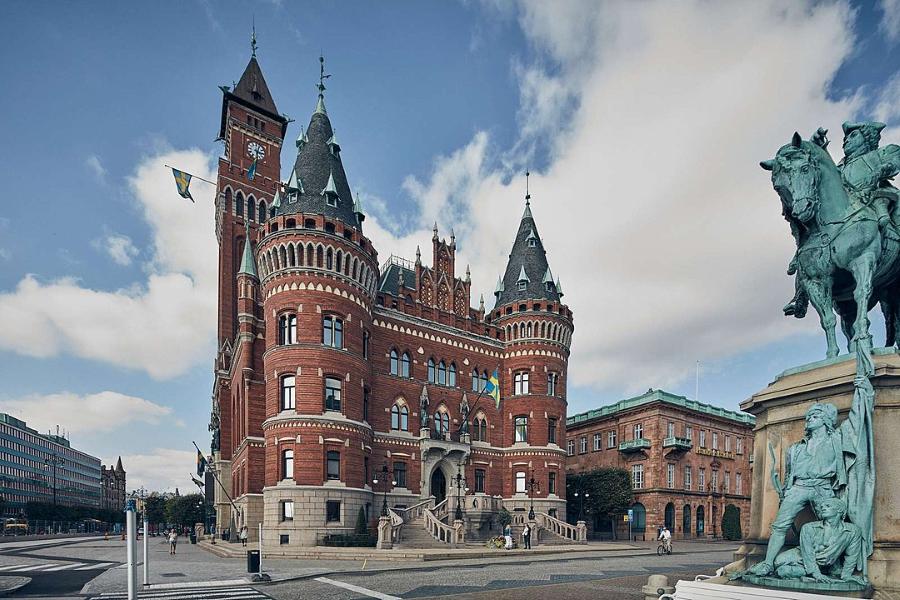 Helsingborg tar täten för fjärde året i rad när tidningen Aktuell Hållbarhet undersöker kommunernas miljöarbete.