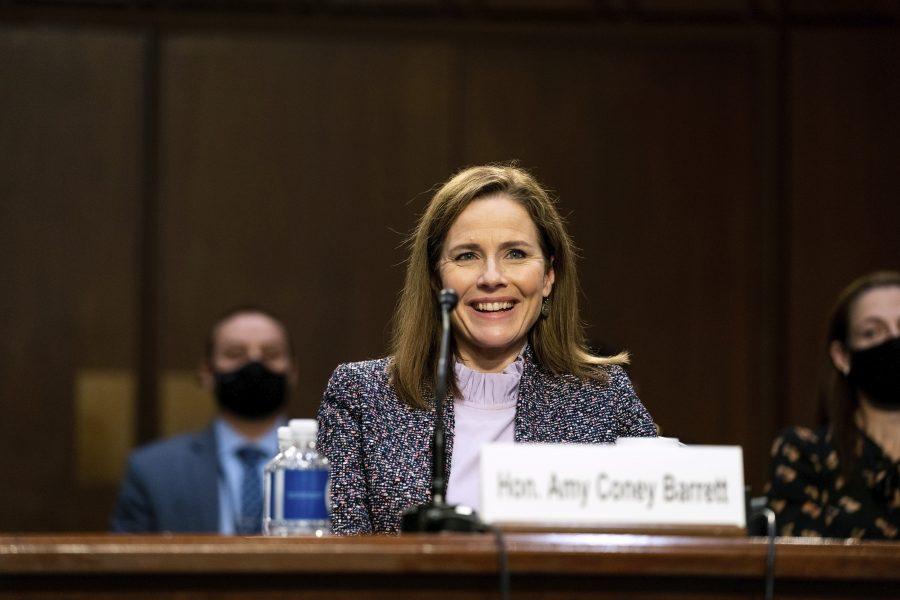 Amy Coney Barrett förhörs av senaten inför en eventuell utnämning till USA:s högsta domstol.