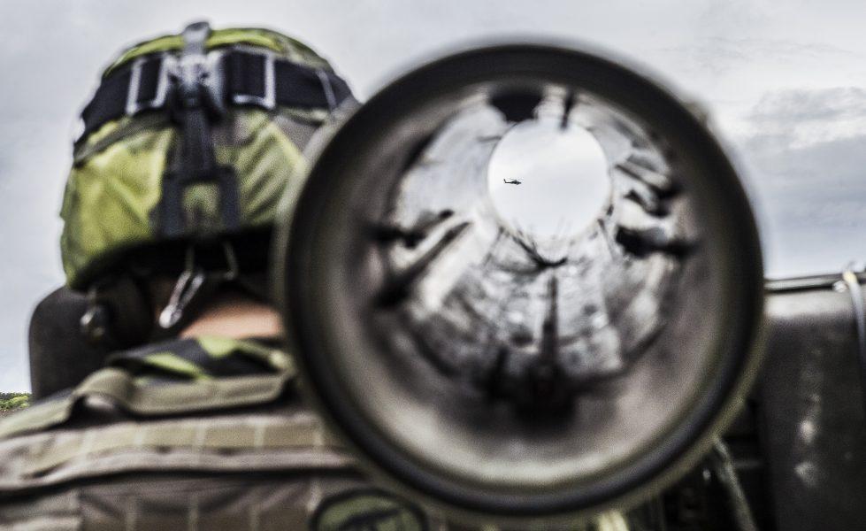 Nu kan Sverige skicka operativt militärt stöd vid kränkning av finländskt territorium utan ett beslut i riksdagen.