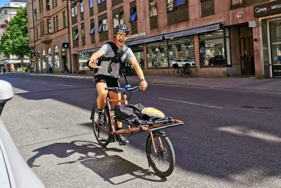 Joyrides vd, och vice vd Josef Lindqvist (bilden)arbetar själva som cykelbud parallellt med att de leder arbetet och sköter det administrativa.