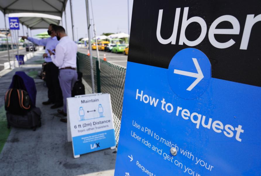 IKalifornienhölls, i samband med presidentvalet, en folkomröstning och där väljarna sa ja till gigföretagen Uber och Lyft förslag.