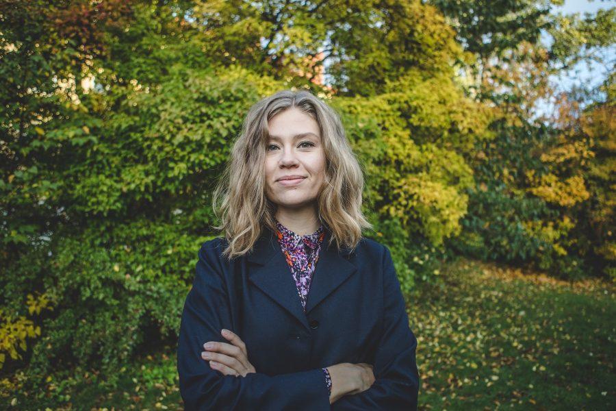 """I en debattartikelskriver Katarina Stensson att """"snart ärfjärde löftet – det viktigaste – på väg att brytas."""