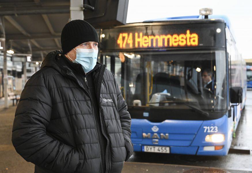 Direkt efter helgerna, från och med den 7 januari, gällermunskyddi kollektivtrafiken.