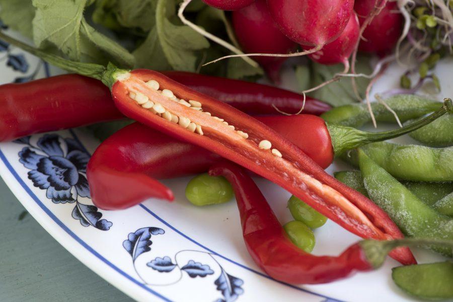 Chilifrukter innehåller ofta enorma mängder med fröer.