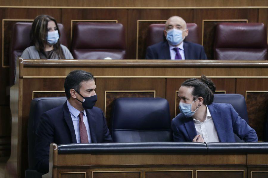 Pablo Iglesias Turrión (till höger),sitter sedan ett år tillbaka i den spanska regeringen.