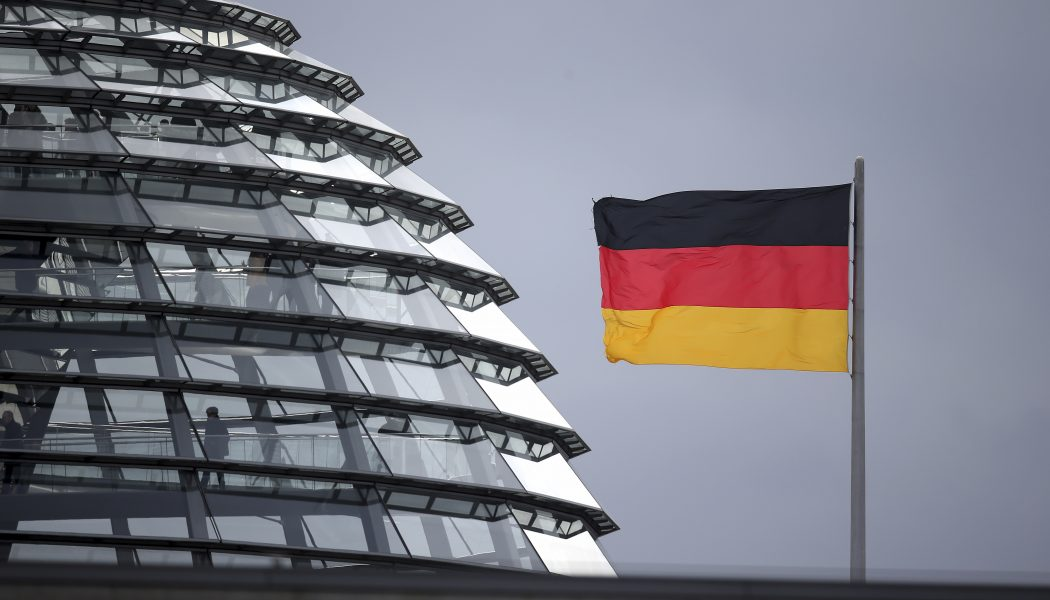 """Ordet """"ras"""" kan vara på väg att tas bort ur Tysklands grundlag."""