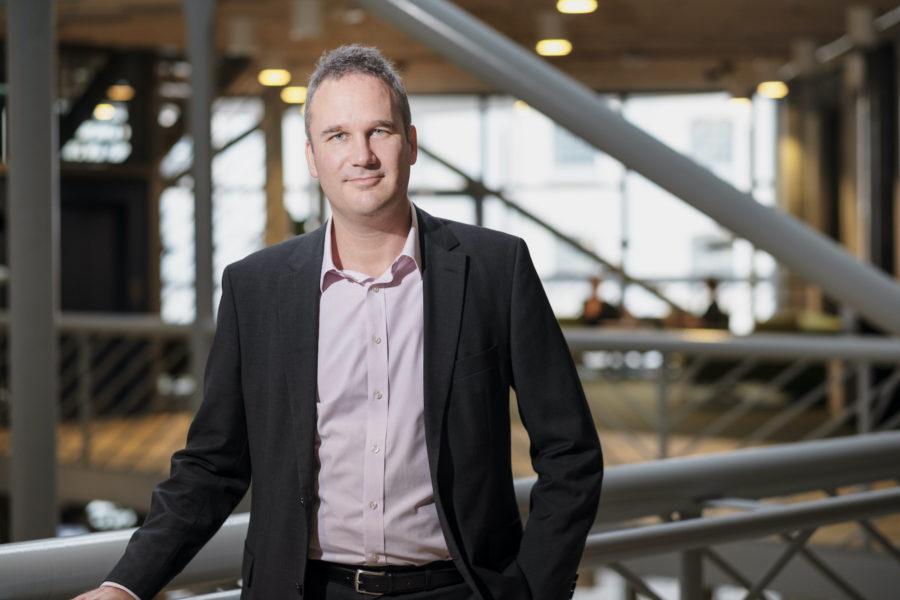 """""""Det finns uppenbara gränser för skadebegränsande insatser på vårdområdet"""", säger Björn Johnson, professor i socialt arbete på Malmö universitet."""