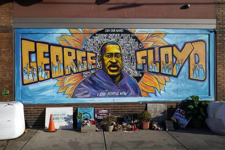 En graffitimålning av George Floyd i Minneapolis.
