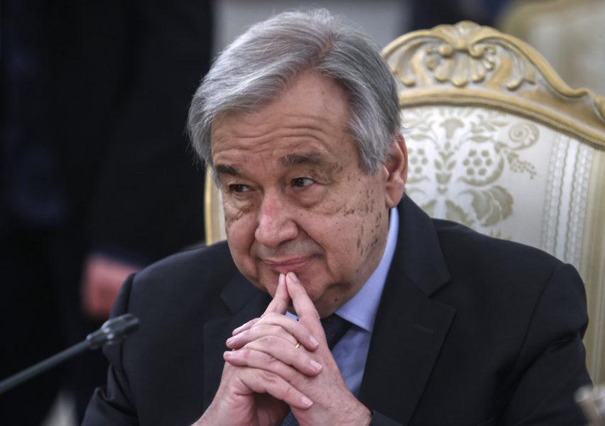 FN:s generalsekreterare António Guterres påminde i ett uttalande om att alla urskillningslösa attacker mot civila och mediestrukturer är ett brott mot internationell lag.