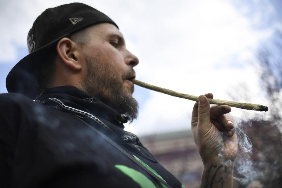 Flera länder håller på att legalisera cannabis – och fackföreningarna ökar sina ansträngningar.