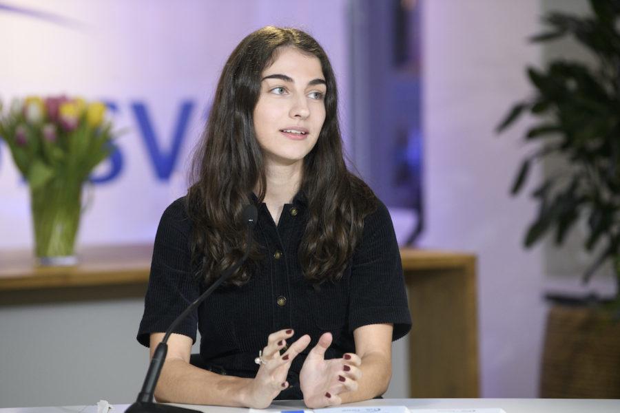 Samarbete med SD kräver tydliga villkor, anser Liberala ungdomsförbundet med ordföranden Romina Pourmokhtari i spetsen.