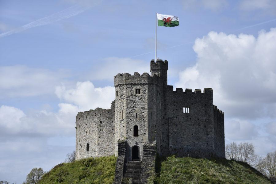Slottet i Cardiff ligger på en höjd.