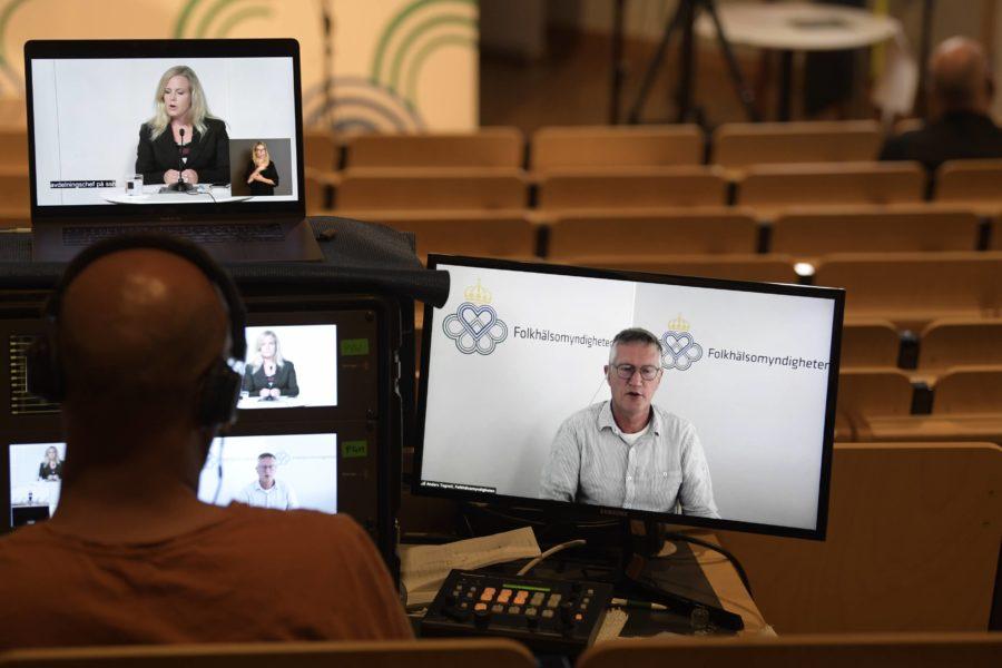 Anders Tegnell, statsepidemiolog vid Folkhälsomyndigheten, talar under torsdagens digitala myndighetsgemensamma pressträff om pandemiläget.