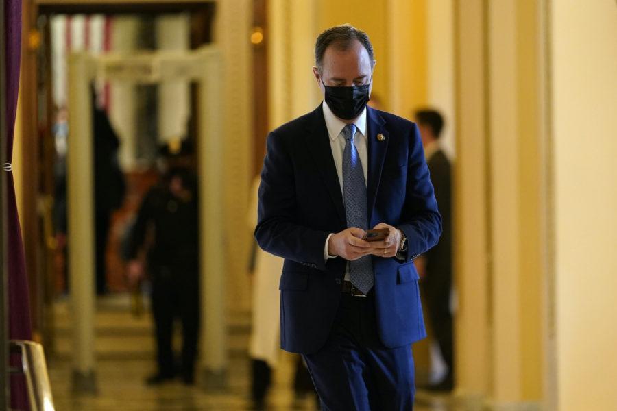 Adam Schiff, ordförande för representanthusets underrättelseutskott, uppges ha avlyssnats av USA:s justitiedepartement genom sin telefon.