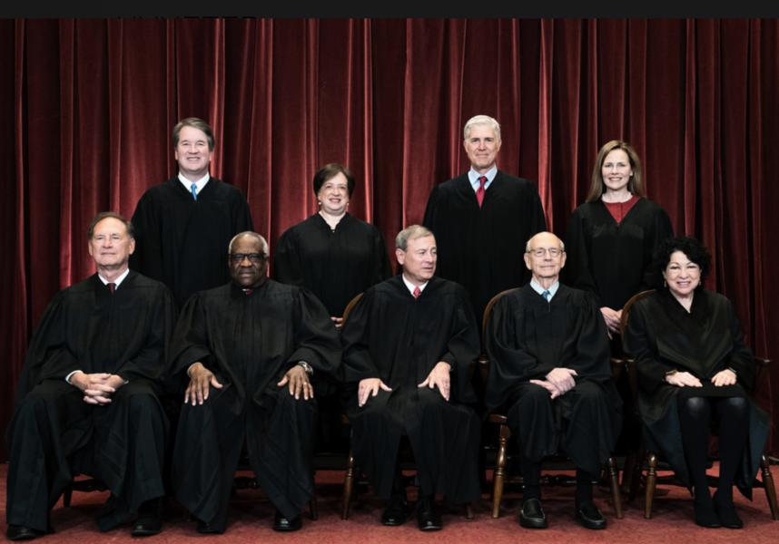 Alla nio domare i USA:s Högsta domstol röstade till förmån för en katolsk organisation.