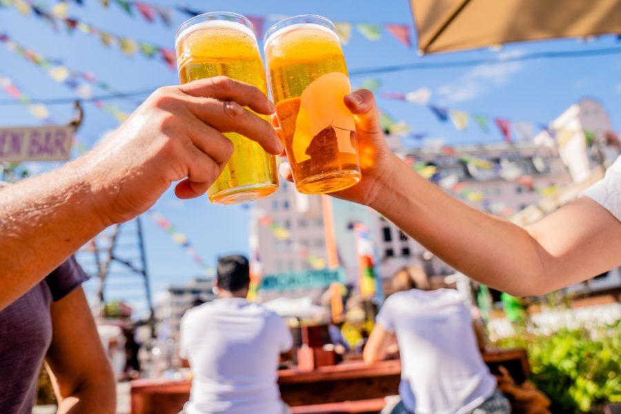 Sätt en gräns för hur mycket du får dricka – även under semestern, det är alkoholforskaren Anders Hammarbergs råd.