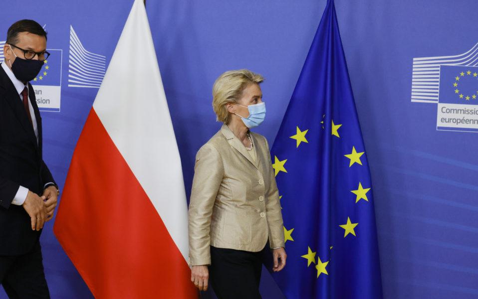 EU-kommissionens ordförande Ursula von der Leyen träffade Polens premiärminister Mateusz Morawiecki i Bryssel den 13 juni – i en tid av kris mellan Polen och EU.