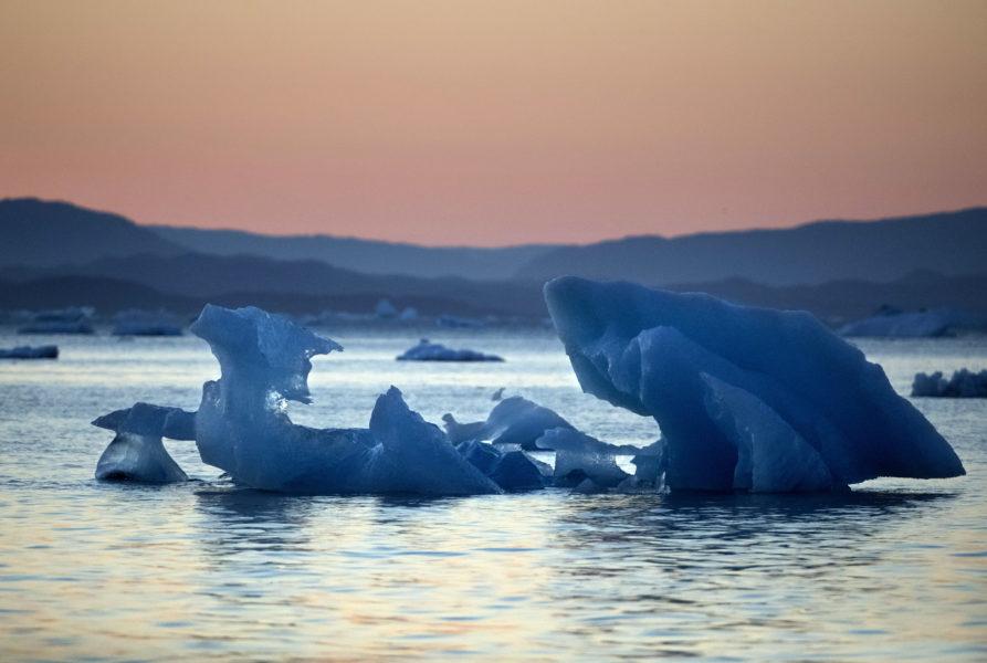 De smältande isarna på Grönland är något som kan bidra till att sätta punkt för Golfströmmen, vilket skulle få katastrofala följder för hela världens befolkning.