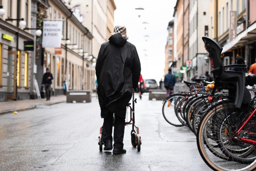 En ny internationell studie slår fast att förutsättningarna för en god ålderdom är sämre för kvinnor än för män.