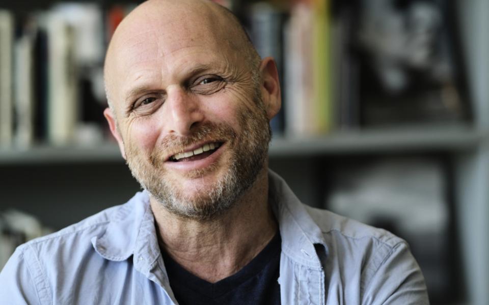 Den israeliske författaren och regissören Hagai Levi är först med att göra en rak nyversion av Ingmar Bergmans verk.