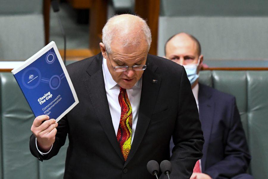 Australiens premiärminister Scott Morrison ger besked om kompensation till de tusentals barn som stals från sina familjer under 1900-talet.