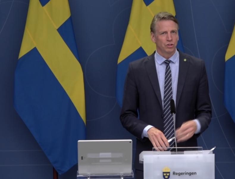 Sverige ska bli världens första fossilfria välfärdsland, sa miljö- och klimatminister Per Bolund vid dagens pressträff.