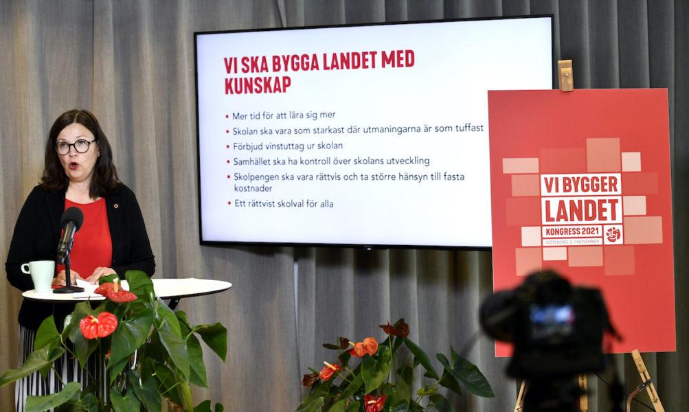 Den socialdemokratiska partiledningen och utbildningsminister Anna Ekström (S) vill förbjuda skolvinster.